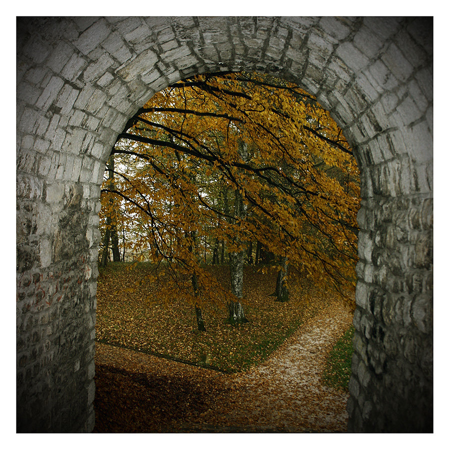 At The Autumn's Gate